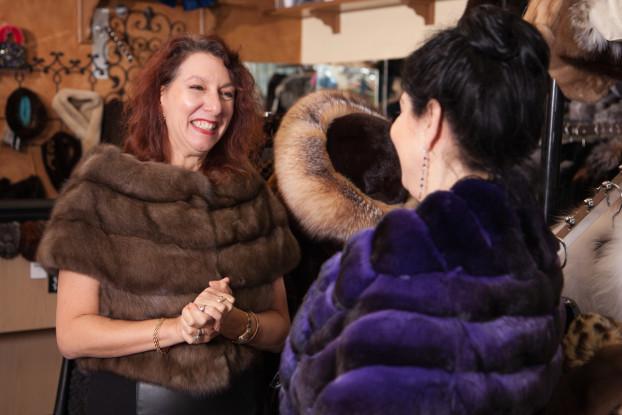 Carol Morris Kaye Furs 6