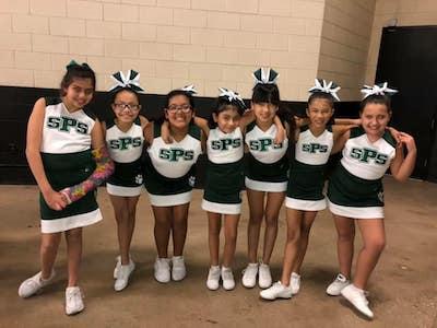 spurs cheer 2